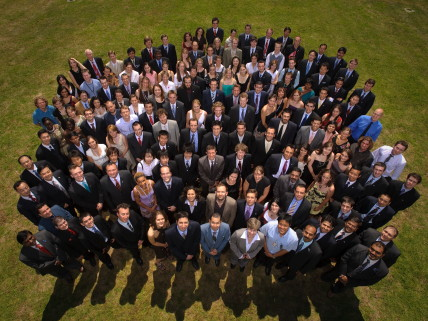 Class photo of International Space University students.