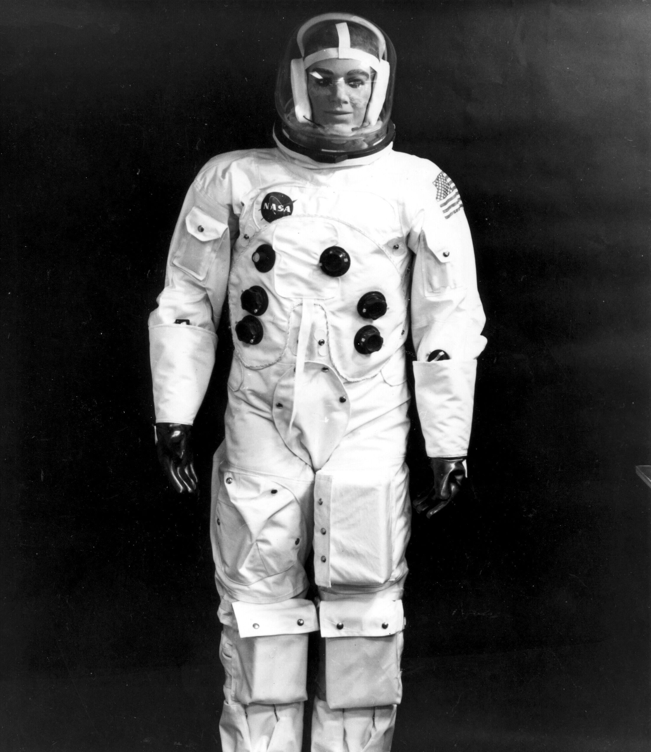 apollo 13 space suit - photo #36