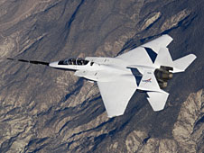 NASA F-15B #836 in flight with Quiet Spike attached