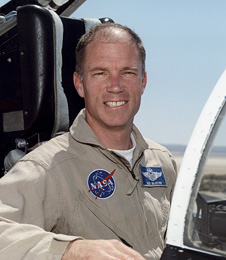 NASA Dryden research pilot Richard Searfoss