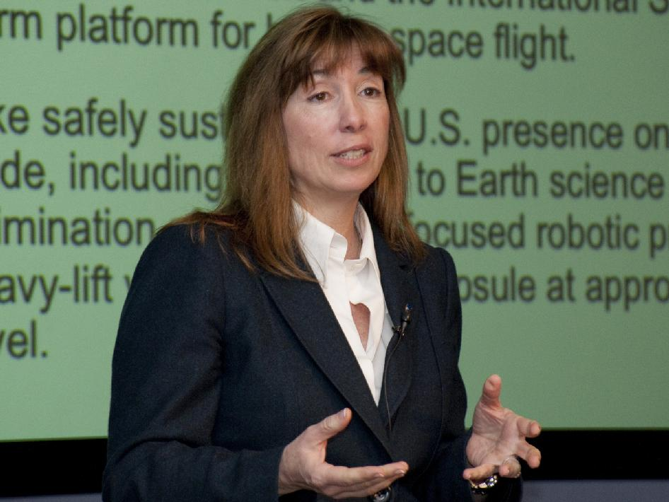 NASA - NASA Deputy Administrator Lori Garver Visits Dryden