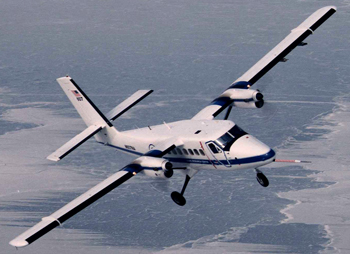 Image of NASA Glenn's DHC­6 Twin Otter plane