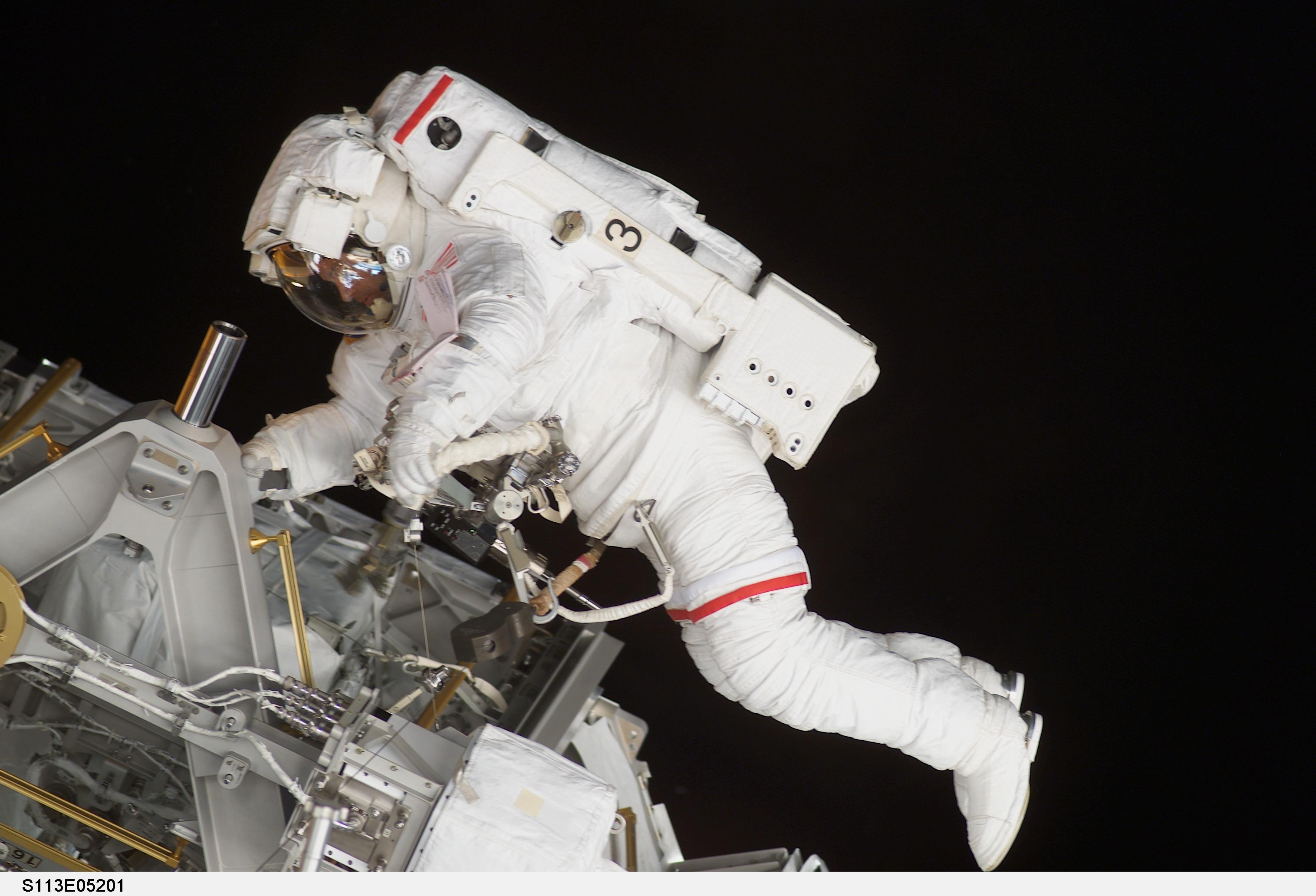 top astronaut gallery attractions spacecenterorg - HD1680×1050