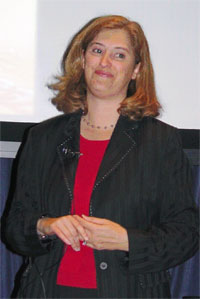 Photo of Dr. Laurie Leshin