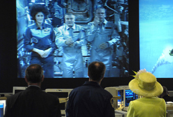 The Queen talks to the International Space Station crew.