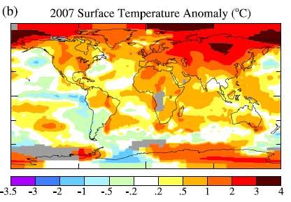 Anomali temperatur thn 2007 relatif terhadap temperatur rata-rata tahun 1951-1980. Area yang panas berwarna merah, yang lebih dingin berwarna biru. Peningkatan terbesar terjadi di belahan utara. Kredit gambar: GISS