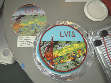 Cake decorated with the LVIS logo