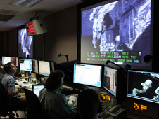 Photo of operators in the Goddard STOCC