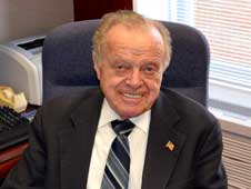 Photo of Vince Gigliotti in his office