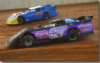 This is an image of Paul's car in a heat race at the Winchester Speedway.