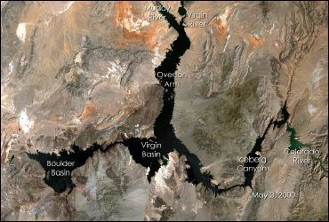 Large image of Lake Mead with labels from May 2000