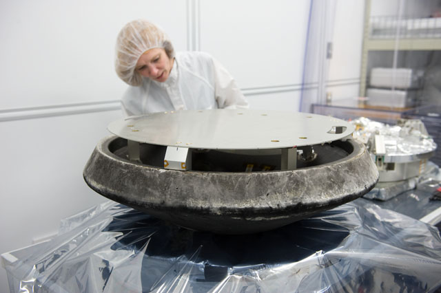 Stardust Sample Return Capsule