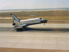 S82-33420 -- Space shuttle Columbia touches down