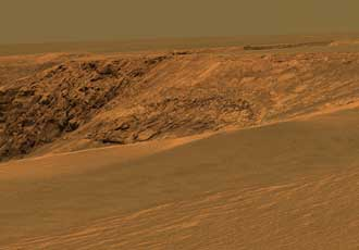 Opportunity sees layers at Victoria Crater