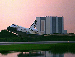 Columbia lands at Kennedy concluding mission STS-83