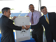 Kennedy Director Bob Cabana, SunPower's Roderick Roche and FPL's Eric Silagy
