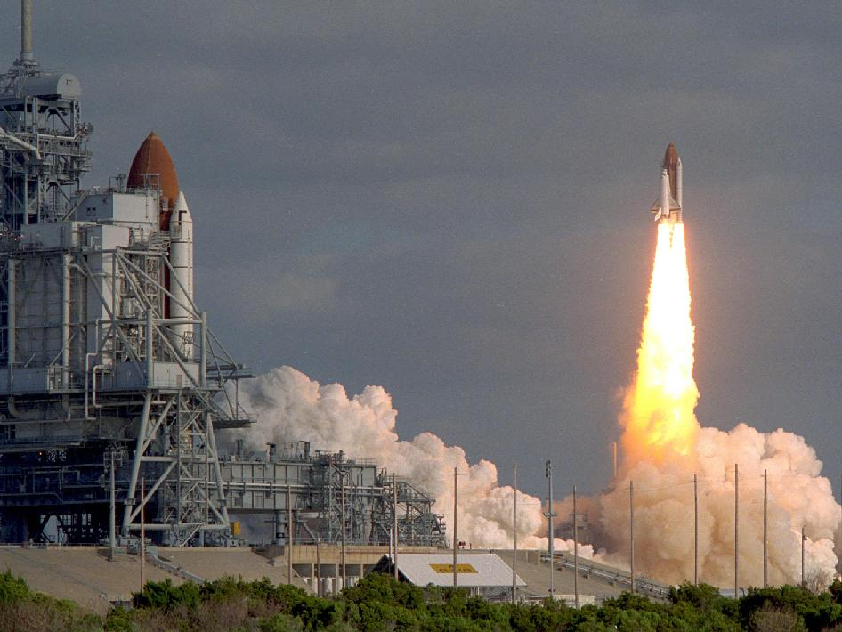 NASA - Discovery Launches with Hubble Space Telescope