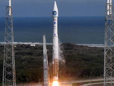 Atlas V launches the SDO spacecraft.