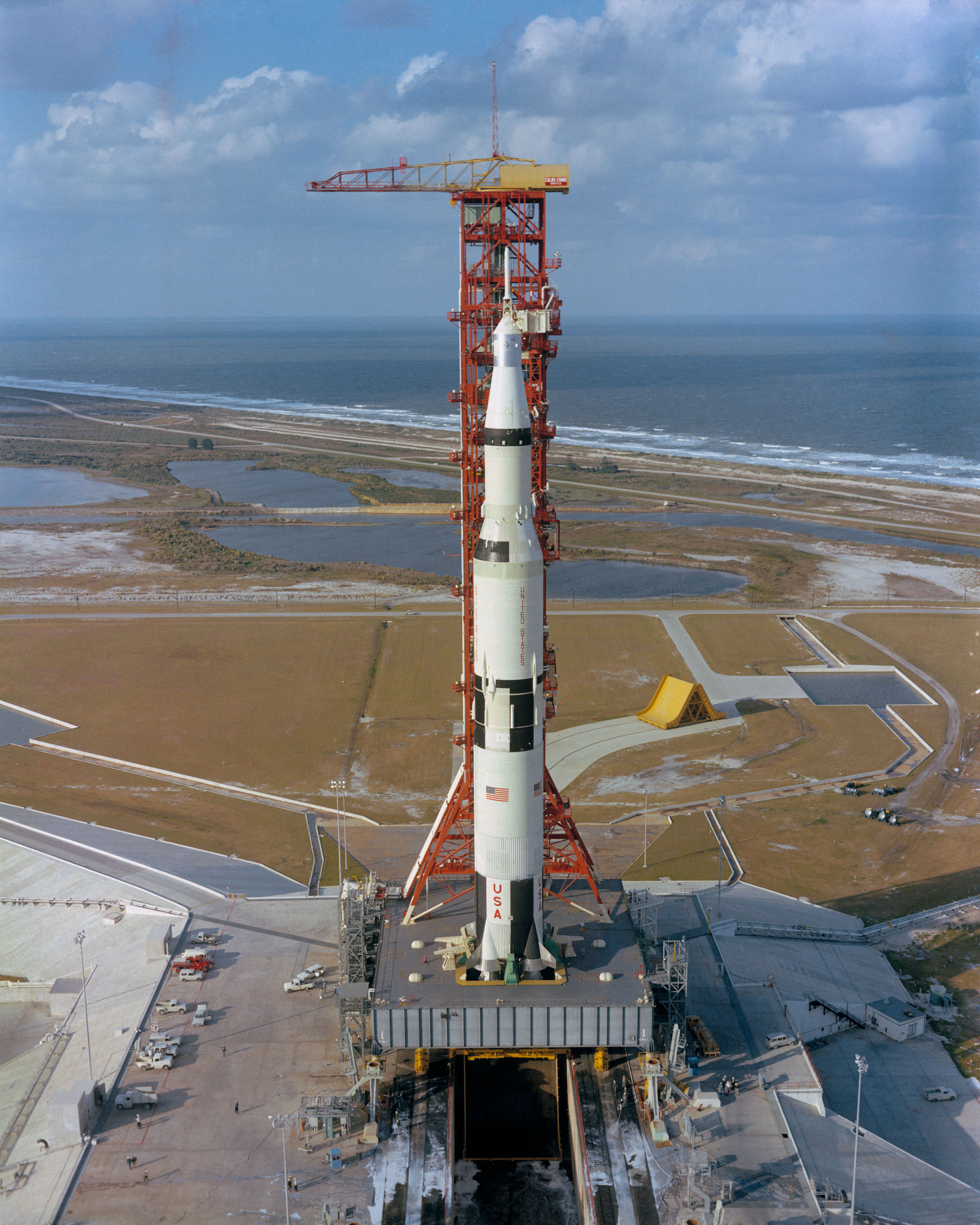 apollo 12 rocket - photo #29