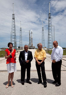 RBSP Deputy Project Scientist Nicky Fox, NASA Administrator Charlie Bolden, ULA Vice President of Mission Operations James Sponnick, and NASA Chief Scientist Waleed Abdalati