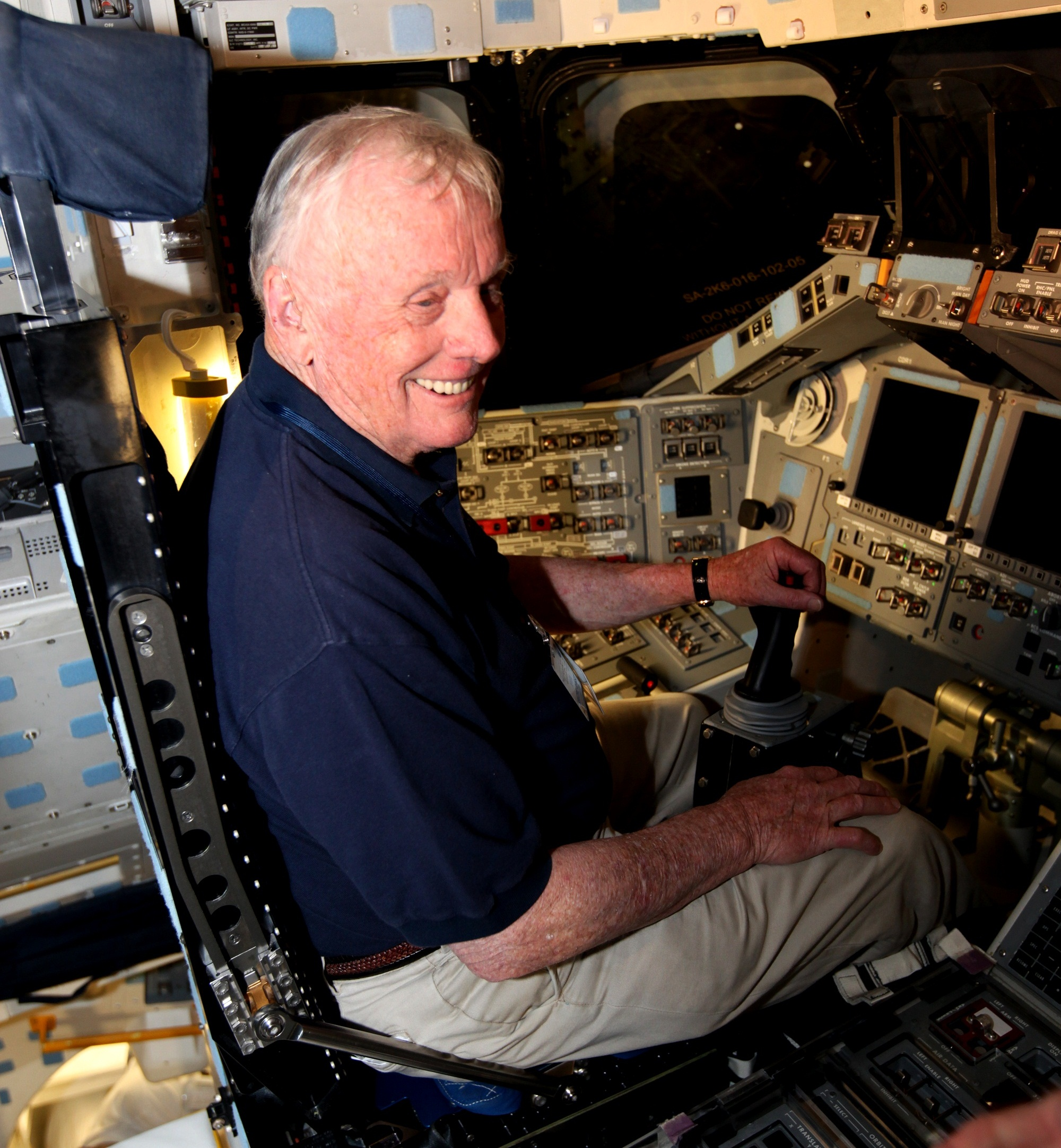 apollo and space shuttle astronauts - photo #41