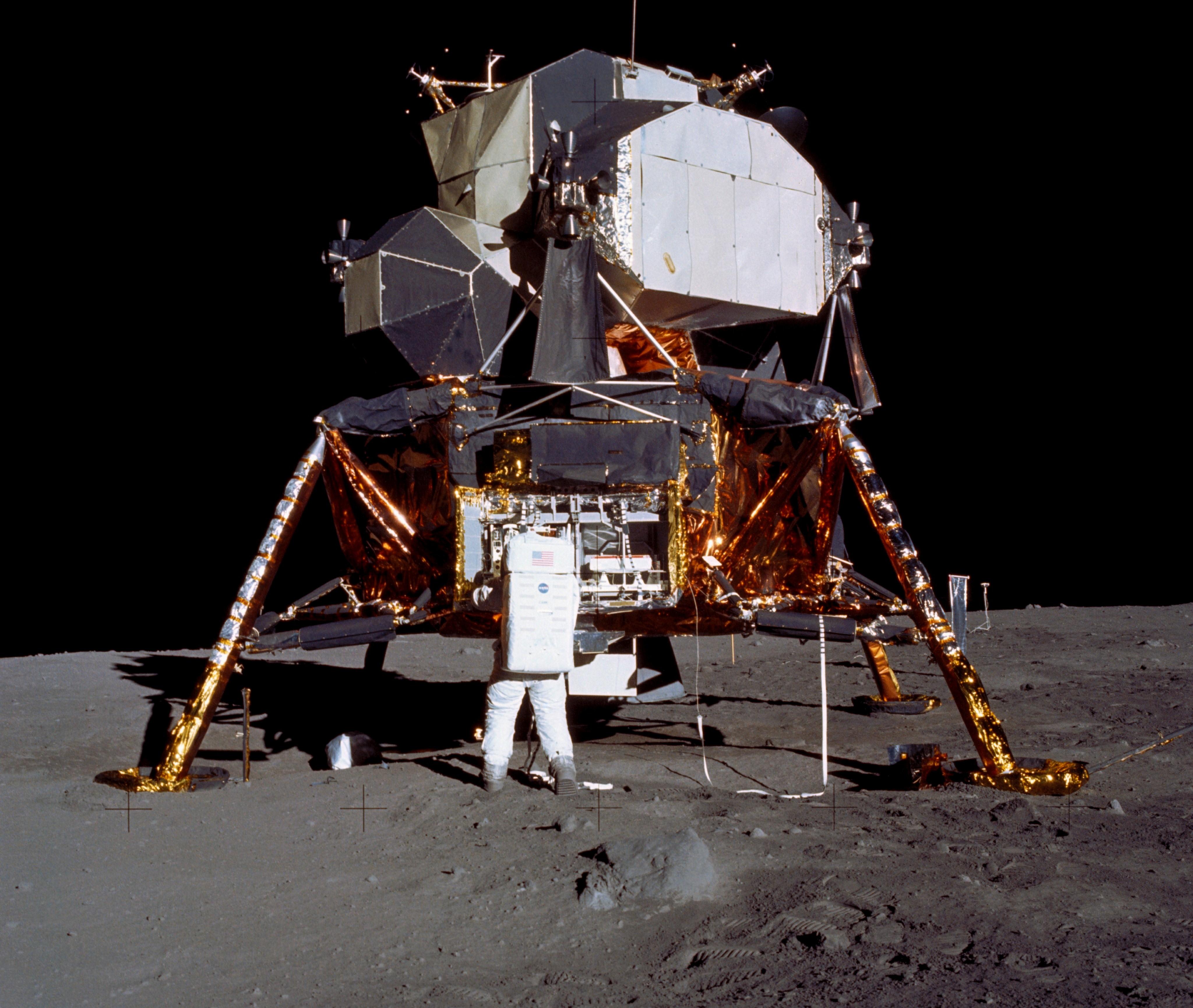 apollo lunar landings - photo #13