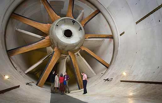 subsonic wind tunnel Services & rates effective july 1, 2018 overview uwal hosts subsonic wind tunnel testing at the kirsten wind tunnel for customers outside the university uwal is .