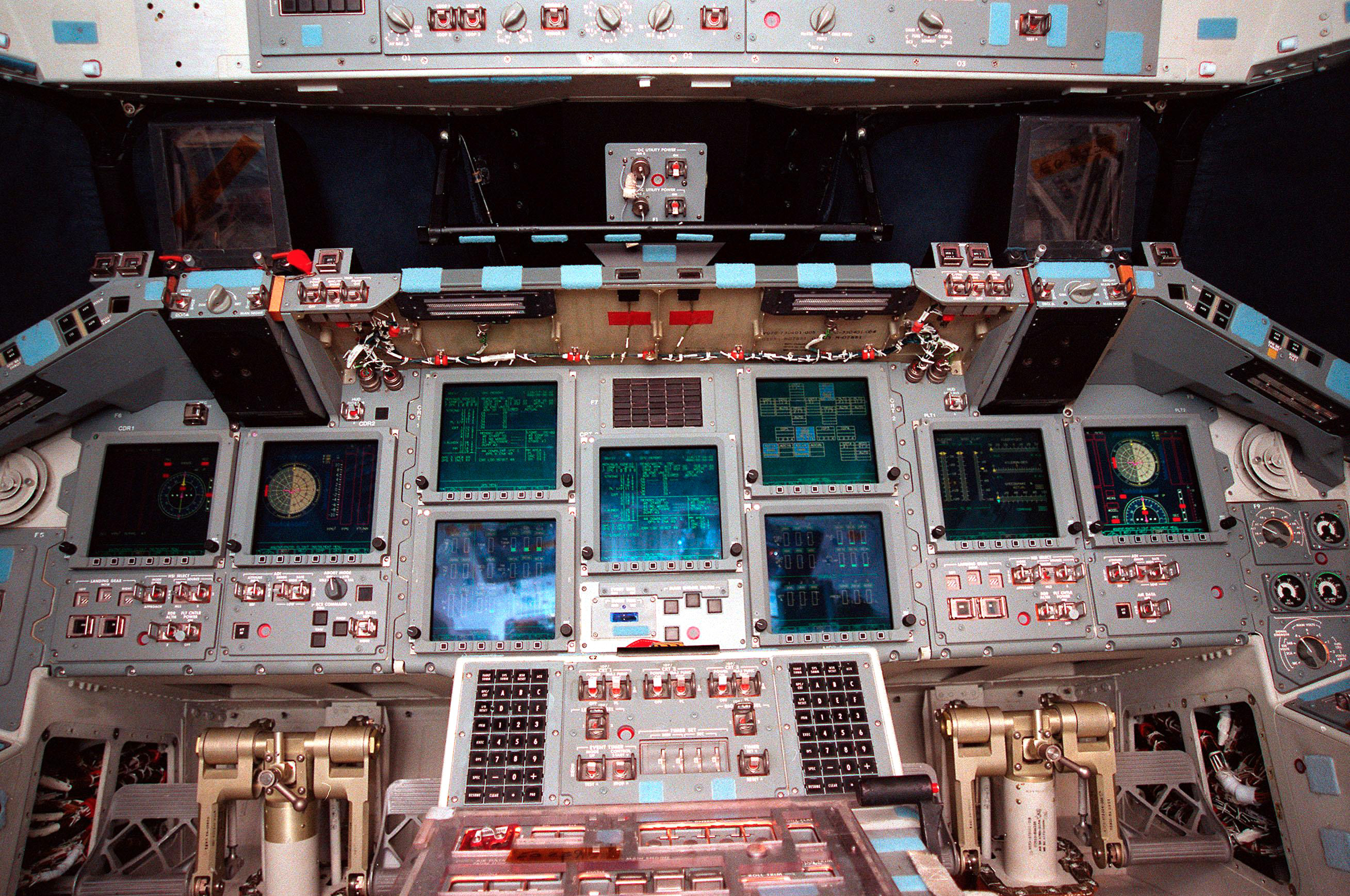space shuttle cockpit displays - photo #3