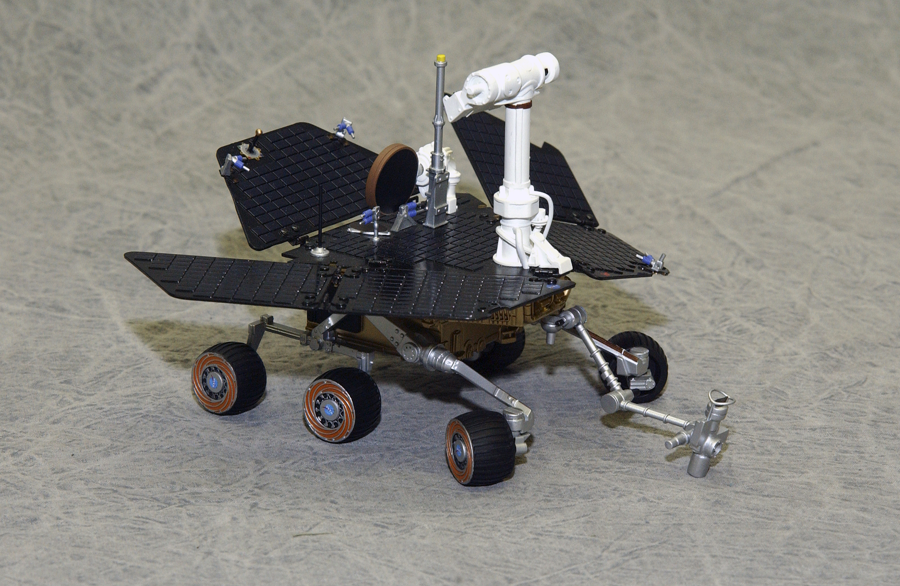 curiosity rover scale model - photo #32