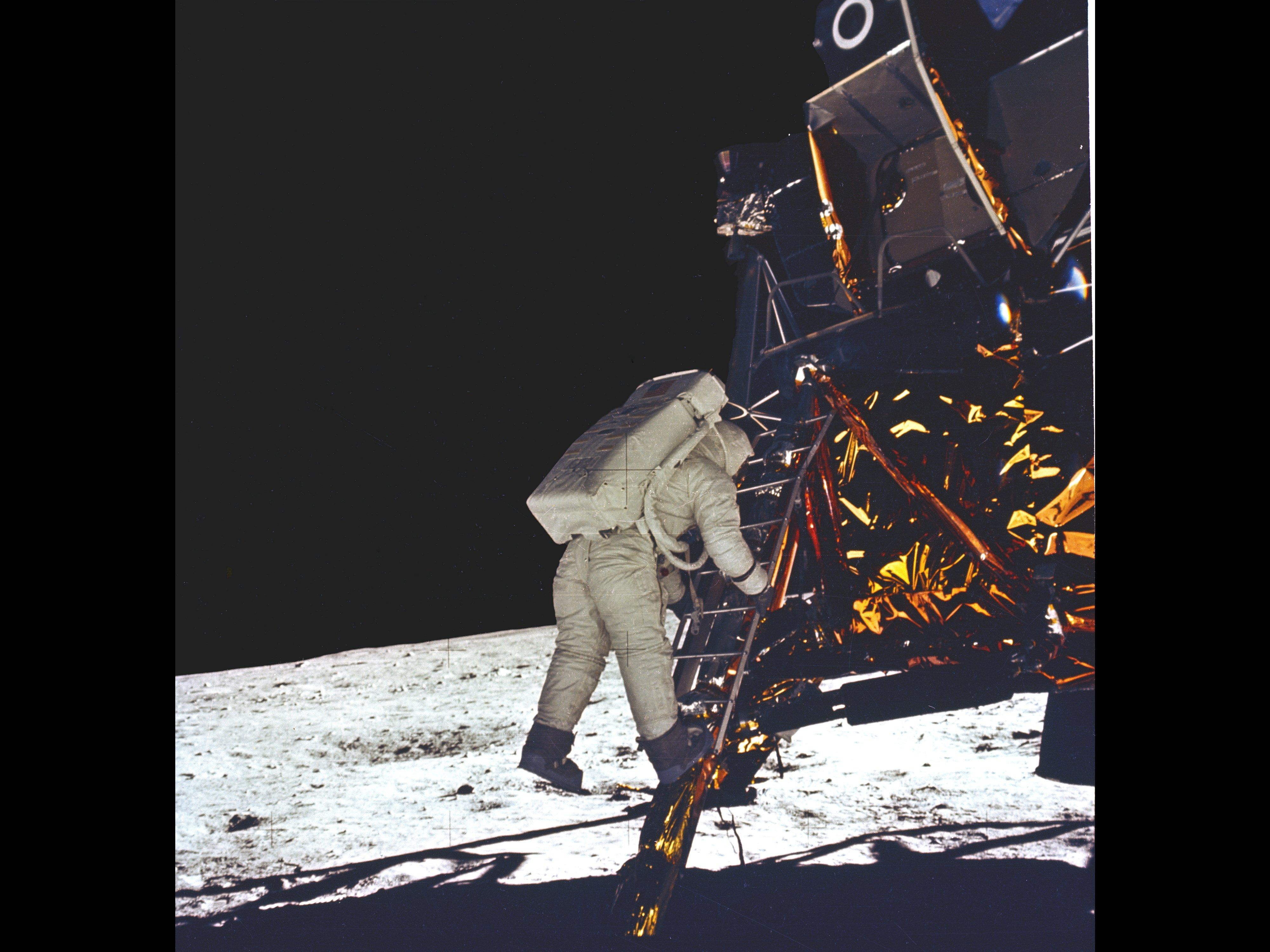 videos of apollo 11 nasa - photo #26