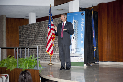 Chris Crumbly, chair of the NASA Research Announcement Evaluation Team, addresses industry and center representatives at the Space Launch System's Advanced Booster Industry Day Dec. 15.