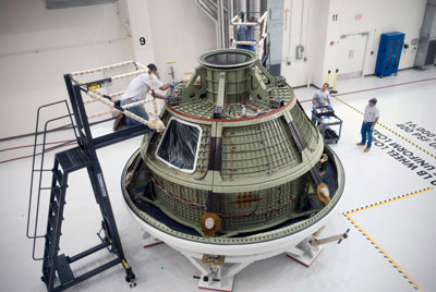 The Orion Ground Test Vehicle shows the Orion 'skeleton' used for pathfinding operations in preparation for the Orion spaceflight test vehicle slated for NASA's Exploration Flight Test, or EFT-1, in 2014.