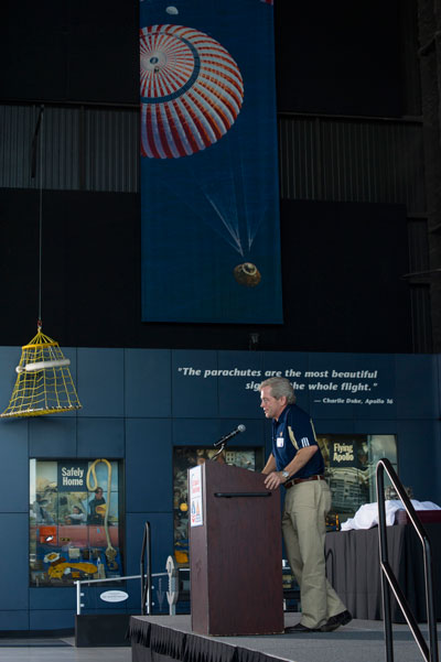 : The Office of Center Operations at the Marshall Space Flight Center honored dedicated employees during its annual awards ceremony last month. At right, Steve Doering, director of the office, addresses the organization's team during the awards presentation at the U.S. Space & Rocket Center.