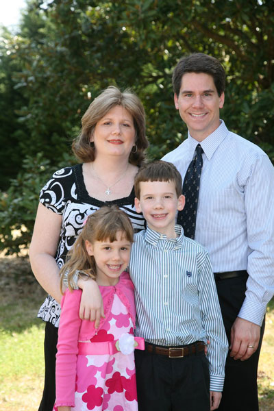 The Freestone family in April 2010, eight months before Kathleen Freestone passed away from breast cancer.
