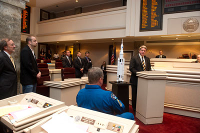 Gene Goldman, then acting director of the Marshall Center, addresses a joint session of the Alabama Legislature.