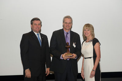 Dynetics Technical Services was presented the 2012 Marshall Contractor Excellence Award in the 'Small Business' category for providing Information Technology services.