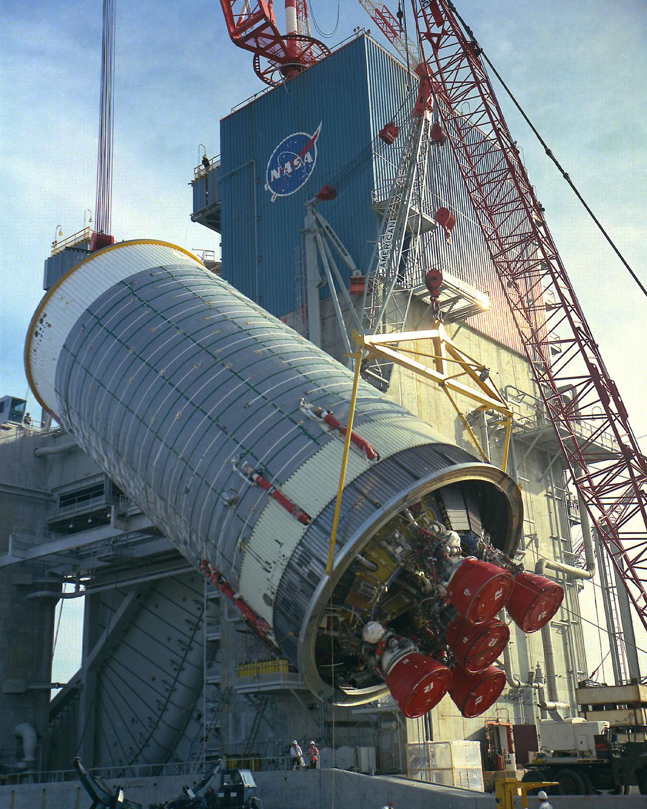 NASA - 'Fire in the Bucket' – Stennis Begins Rocket Engine ...