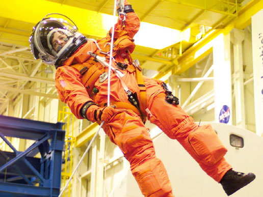 STS-114 Mission Specialist Wendy Lawrence in emergency egress training