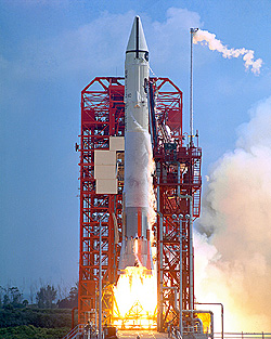 Atlas-Centaur 10 lifts off from Complex 36 carrying NASA's first Surveyor spacecraft.