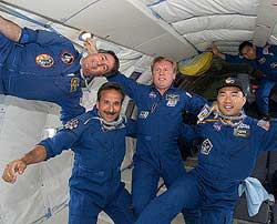 STS-114 Mission Specialists, from left, Steve Robinson, Charlie Camarda, Andy Thomas and Soichi Noguchi
