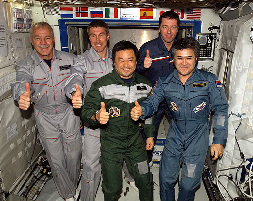 Expedition 10 and 11 crews