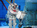 Mission Specialist Soichi Noguchi at the Neutral Buoyancy Lab