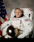 Portait of Mission Specialist Andrew Thomas