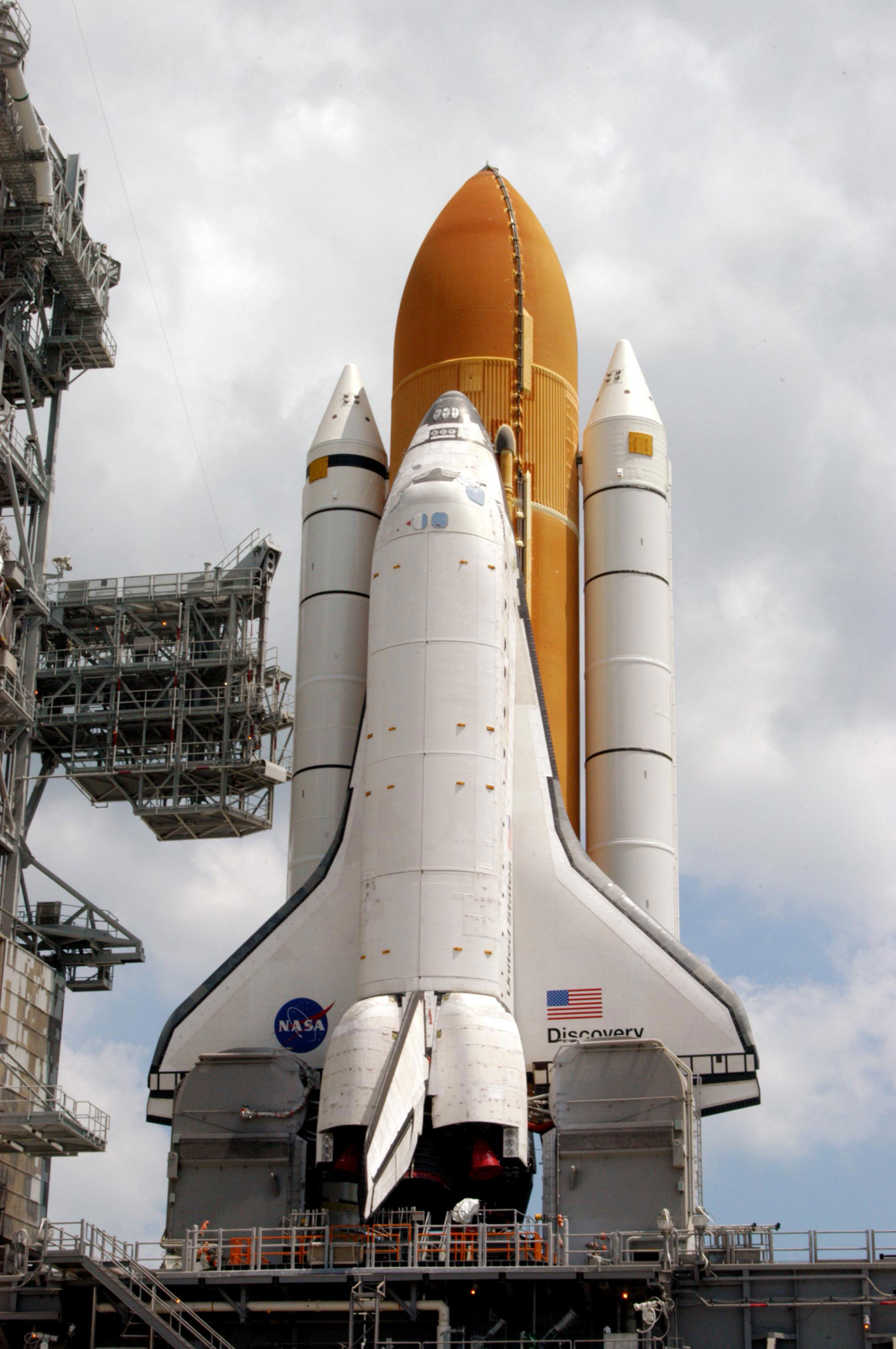 who built space shuttle discovery - photo #18