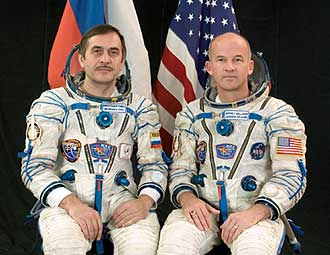 Expedition 13 Commander Pavel Vinogradov, left, representing the Russian Federal Space Agency (Roscosmos), and Flight Engineer and NASA Science Officer Jeffrey Williams will be launched on the Soyuz TMA-8 spacecraft to spend six months on the International Space Station. Image credit: Gagarin Cosmonaut Training Center