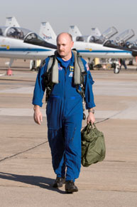 Astronaut Mark Kelly with T-38 trainer jets