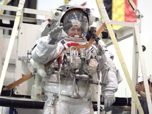 Mark Kelly trains in EMU spacesuit