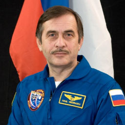 JSC2006-E-00223 -- Expedition 13 Commander Pavel Vinogradov