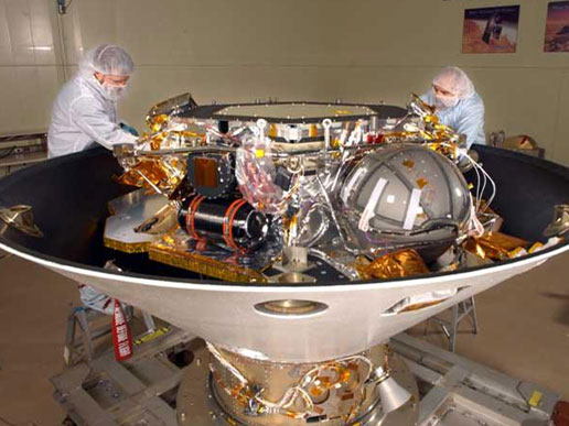 Scientists work on the Phoenix lander, a mission slated for launch in August 2007.