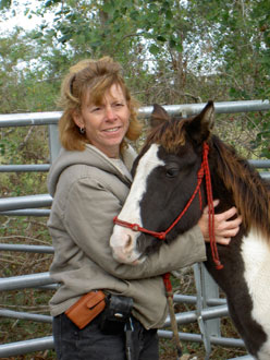 Photo of Luann Keys with horse